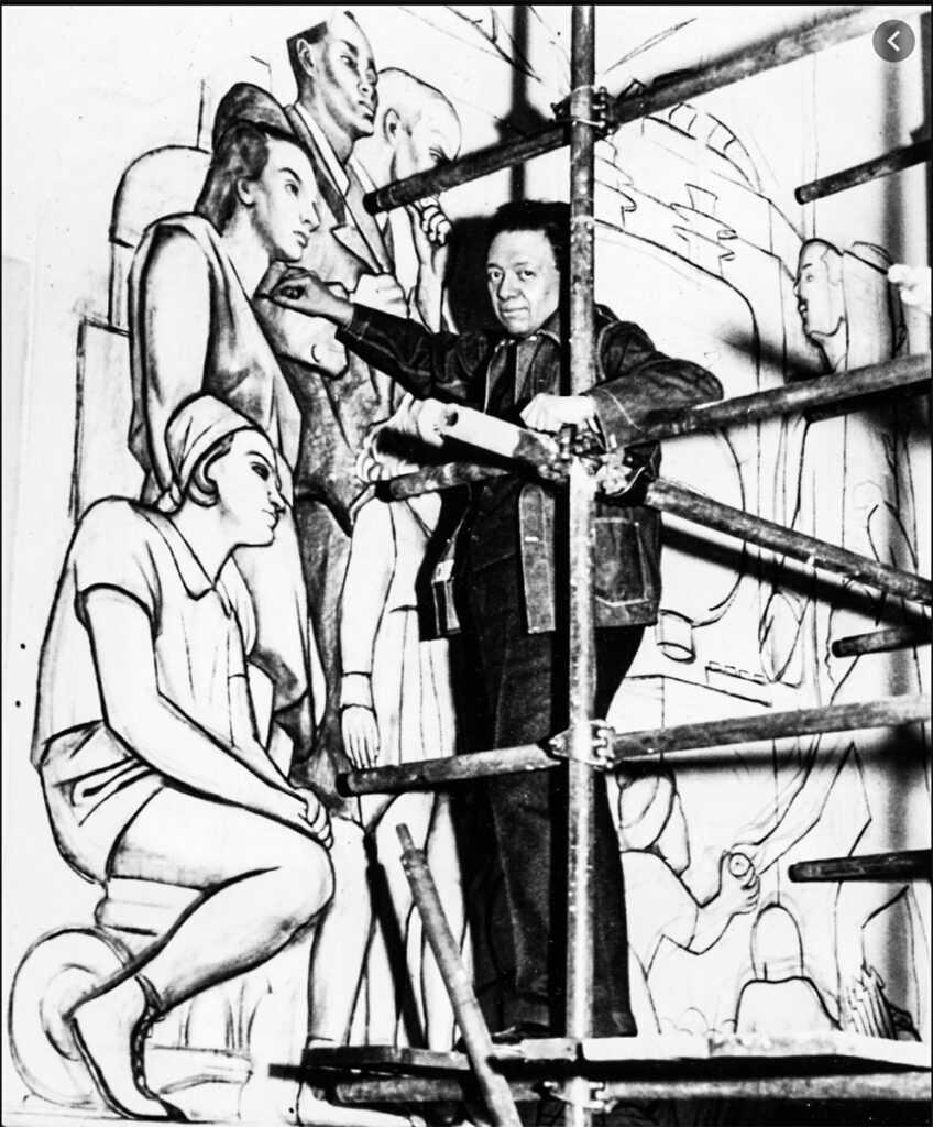 Diego Rivera trabajando en un mural